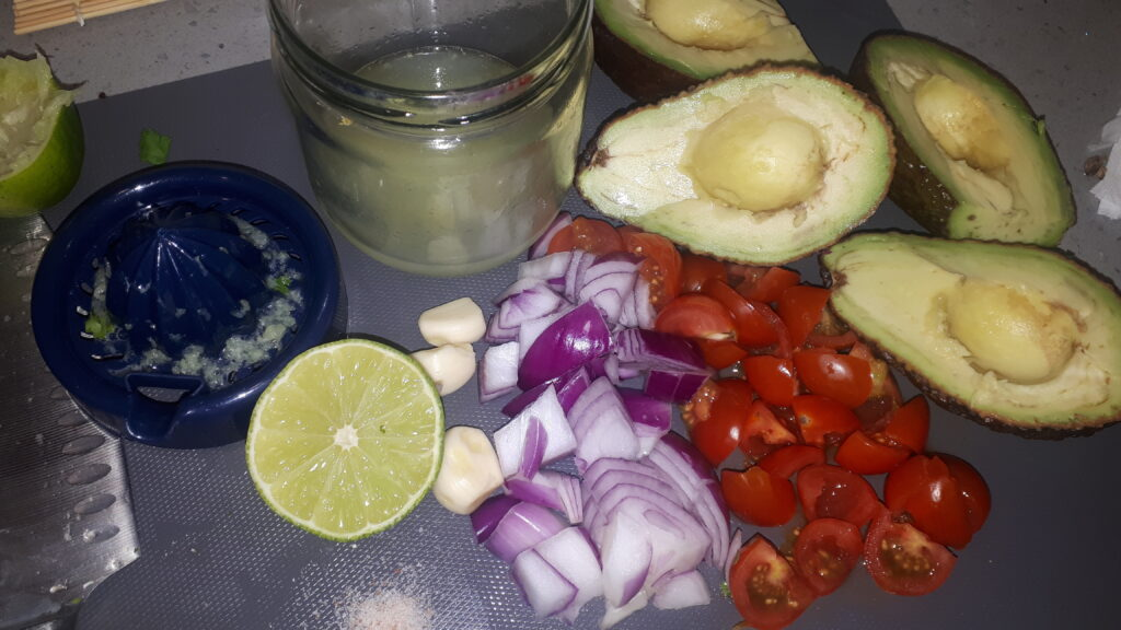 raw vegan guacamole ingredients
